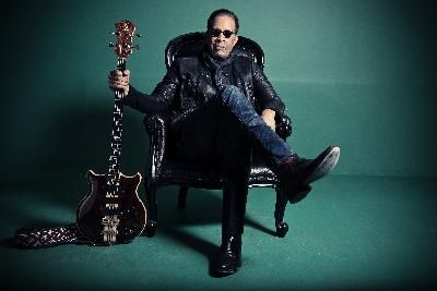 Stanley Clarke On World Cafe