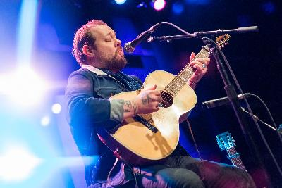 Nathaniel Rateliff Finds The Light Through A Lot Of Darkness