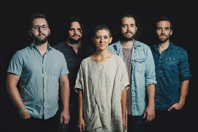 World Cafe Nashville: Birdtalker