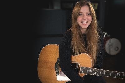 Jade Bird On World Cafe